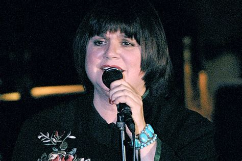 Linda Ronstadt Doesn't Care about the Rock and Roll Hall